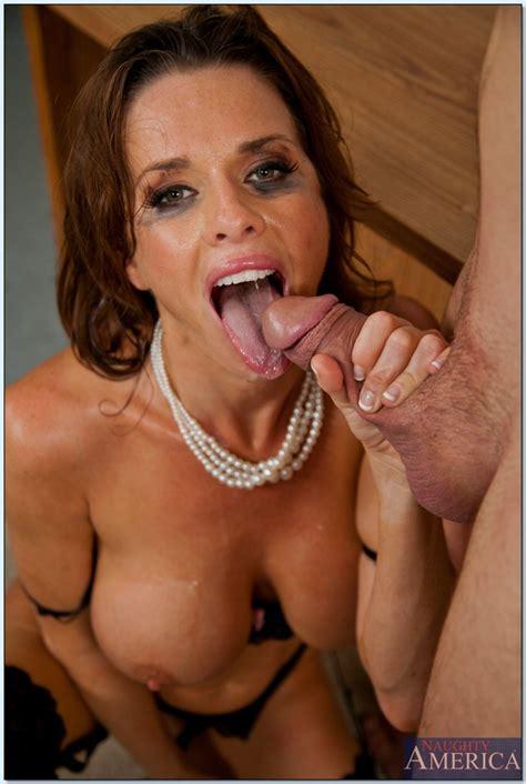 Glamorous Milf Porn Star Veronica Avluv Hard Bange Milf Fox