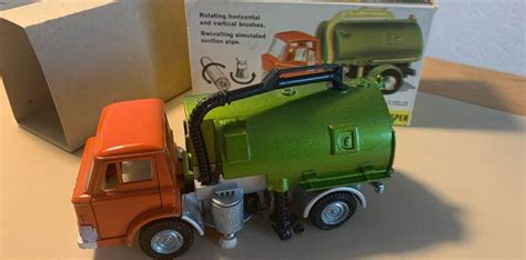 Dinky Toys - 1:43 - nr 451 Johnston Road Sweeper - Catawiki