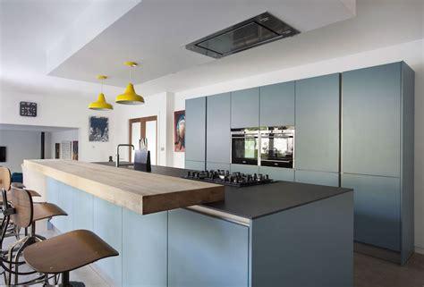 cuisine couleur gris bleu cuisine bleu gris canard ou bleu marine code couleur et