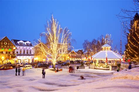 22 Best Christmas Towns In Usa  Best Christmas Towns In