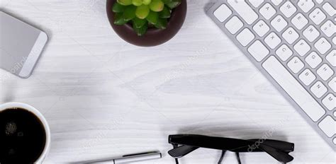 fond de bureau objets de travail de bureau et de café sur fond d 39 écran
