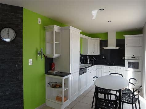 peinture murs cuisine cuisine peindre peindre ses meubles de cuisine cuisine