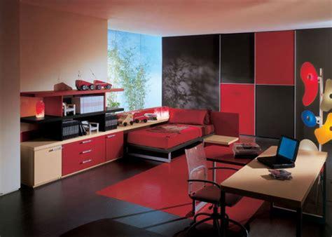 Elegant Black And Red Bedroom