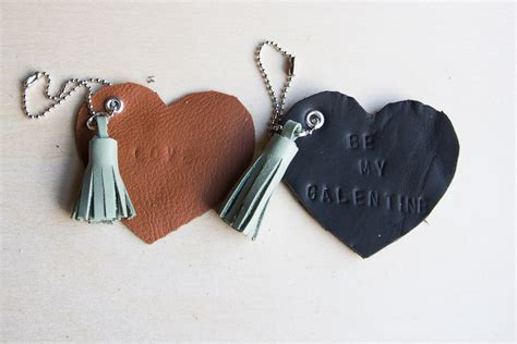 diy leather heart keychains pretty prudent
