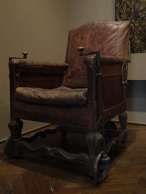 evolution m 233 dicale fauteuil roulant 171 l histoire c est un conte de faits