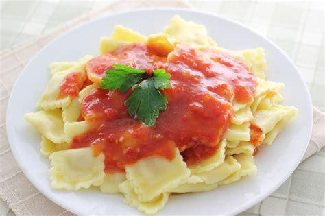 cuisiner des ravioles comment cuisiner des raviolis 12 é