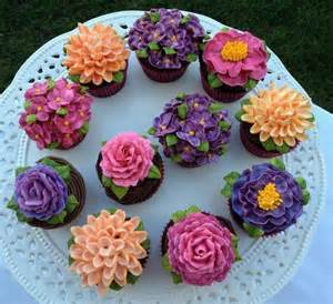 Pretty Flowers On Buttercream Cupcakes