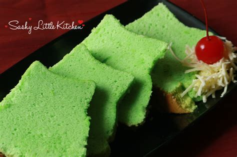 50 gr gula pasir 20 gr susu bubuk full cream 20 gr tepung maizena. Pandan Chiffon Cake - Bali Food Blogger: Resep dan Review by Sashy Little Kitchen