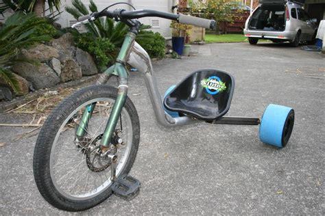 Drifting Trikes