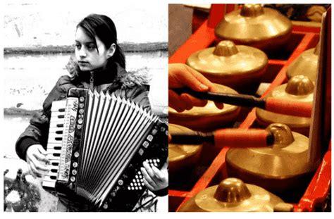 Banyak jenis dan merek harmonika. Gambar Alat Musik Harmonika
