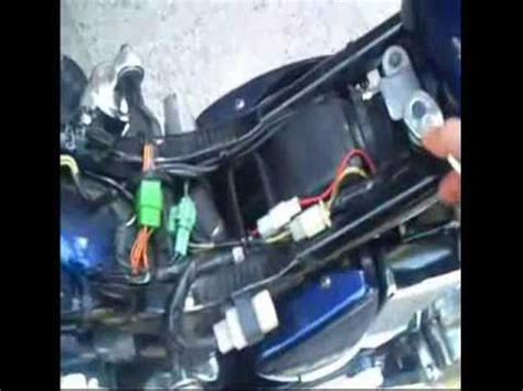 remove  fuel tank   suzuki boulevard