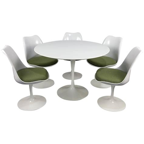 eero saarinen tulip table and chairs by knoll newer