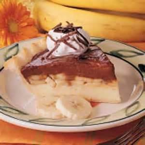 Chocolate Banana Cream Pie Recipe | Taste of Home