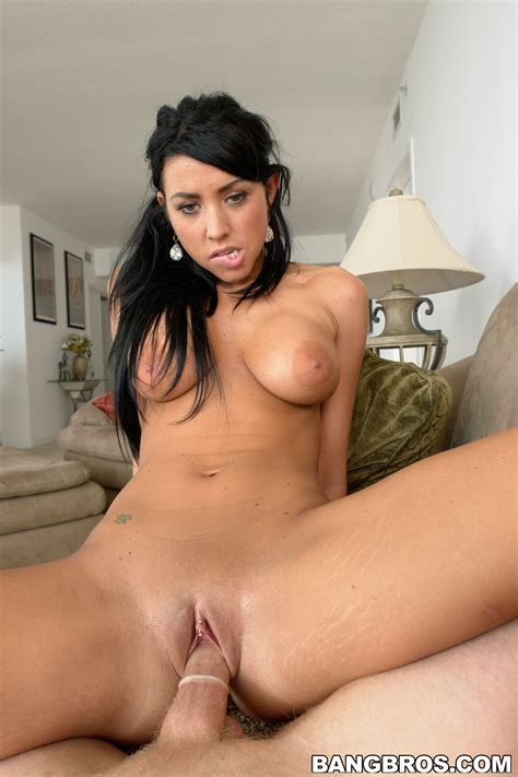 Black Haired Babe Likes To Swallow Cum Photos Cody Lane