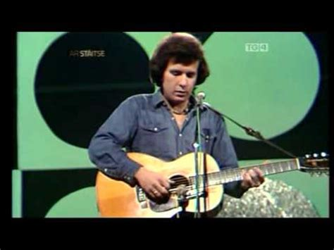 Empty Chairs Don Mclean Meaning by Waving Don Mclean Doovi