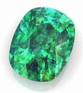 Image Gallery Emerald Birthstone