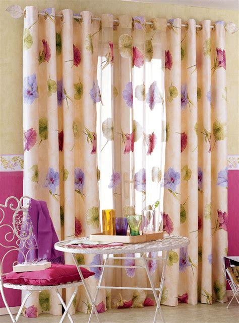 lart dhabiller sa maison avec des rideaux traditionnels