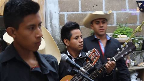Leonardo Reyes En Vivo Los Morros Sierreños, Amenizando La