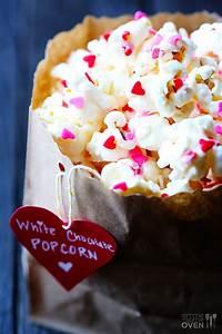 Valentine's Popcorn (White Chocolate Popcorn)   Gimme Some ...  Valentines