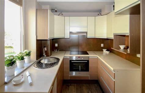 cocinas alargadas  estrechas como aprovechar el espacio
