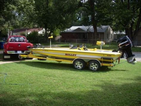 Bass Fishing Boats For Sale by 17 Best Ideas About Bass Boat On Bass Fishing