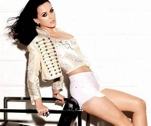 Katy Perry would have been a fashion stylist if not singer ...