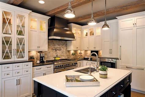 dura supreme kitchen cabinets dura supreme and wellborn semi custom cabinetry options 6987