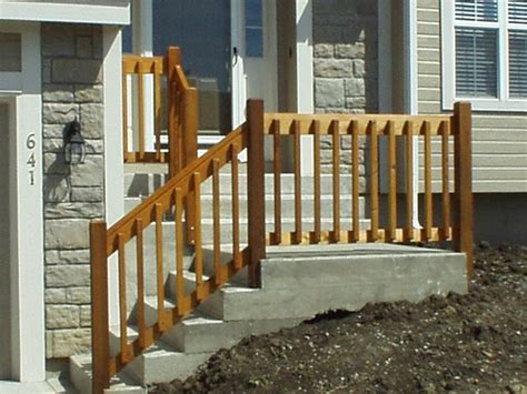Wooden Handrails For Outdoor Steps - diy wooden porch handrail ideas wood railing and