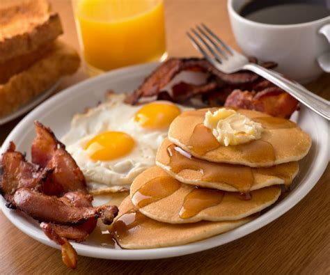 Skipping Breakfast Doesn't Boost Weight Gain