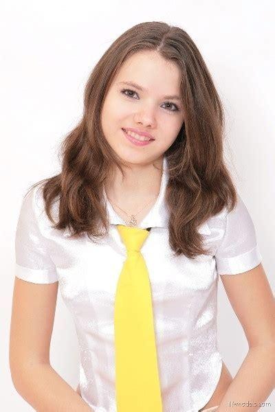 Young Sandra Teen Model Foto