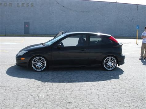 ford focus zx   trade