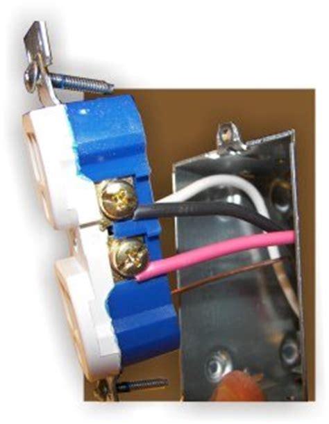 How Wire Split Receptacle