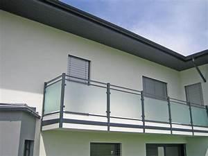 balkone aus aluminium und glas mobel und heimat design With französischer balkon mit mutsy igo sonnenschirm