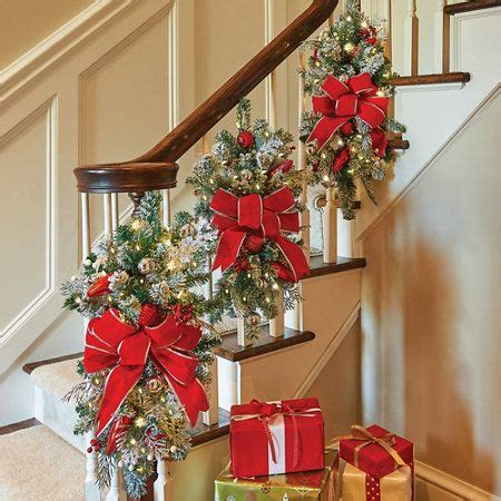 christmas staircase decor ideas  pinterest