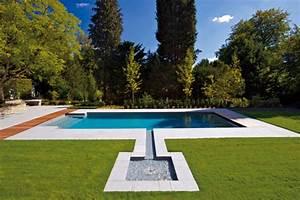 Schwimmbad Im Garten : die wellnessquelle schwimmbad zu ~ Whattoseeinmadrid.com Haus und Dekorationen