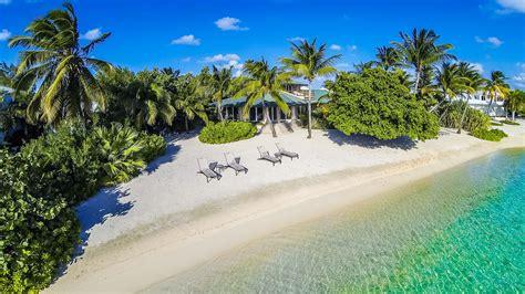 kitchen island with seating for 5 tarasand luxury retreats