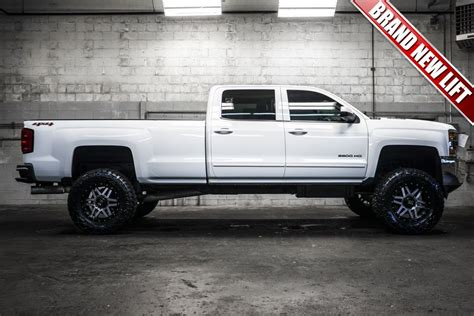 newly lifted longbox  chevrolet silverado hd lt