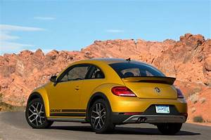 2017 Volkswagen Beetle Dune Revealed at LA Auto Show, Available as a Cabriolet  autoevolution