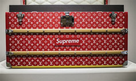 supreme  louis vuitton trunks rich teenagers bought