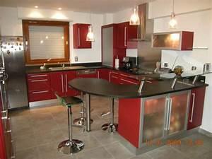 carrelage cuisine rouge d coration cuisine rouge et beige With idee deco cuisine avec cuisine rouge et noir