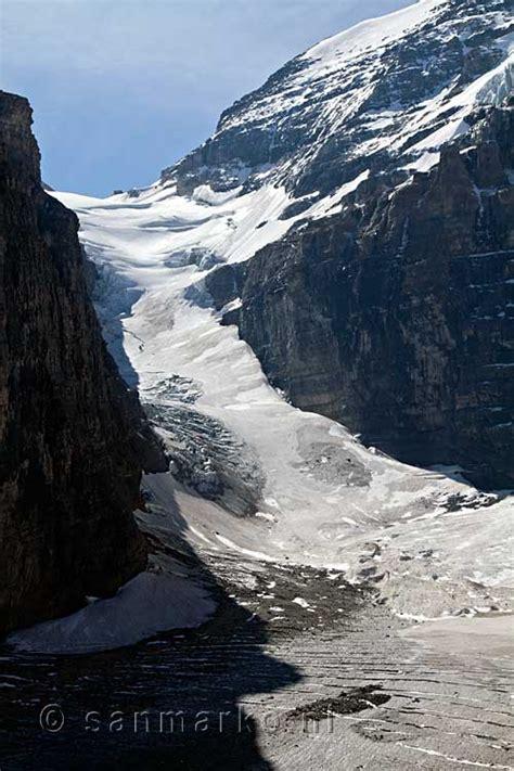 victoria glacier  lake louise  banff national park