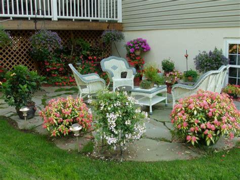 Bequemer Sitzplatz Im Garten  20 Stilvolle Sitzecken Im