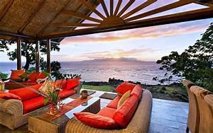 Luxury Beach Homes Wallpaper