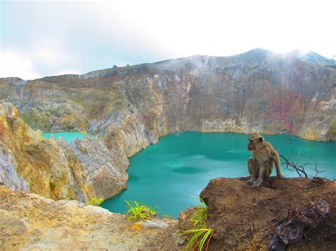 colours   wind  kelimutu backpackerlee