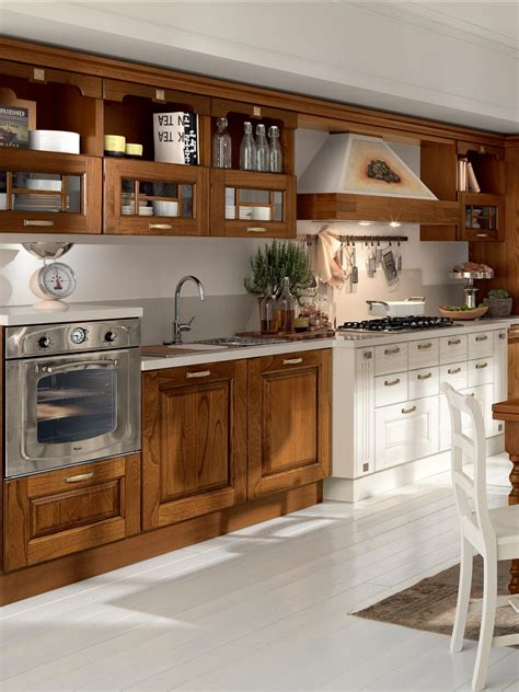 Laura Cucina In Legno By Cucine Lube