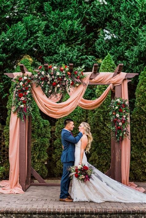 outdoor fall wedding arches   emmalovesweddings