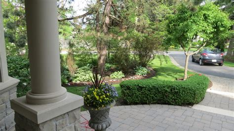 semi circle driveway landscaping front entrance and semi circle driveway traditional landscape toronto by inspiring spaces
