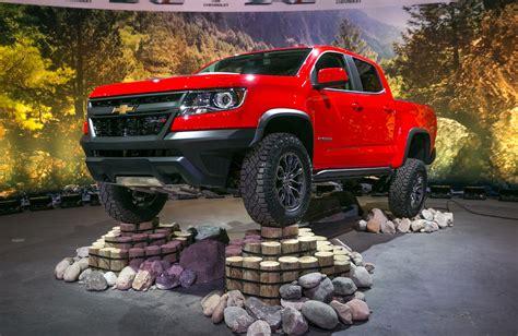 chevrolet colorado zr   mid size  road truck