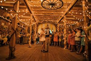 inexpensive wedding venues in maine 20 of the cutest rustic barn weddings
