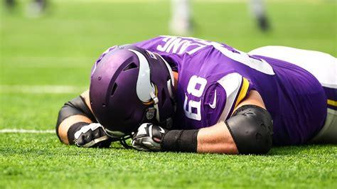 minnesota vikings lose  players  injury  preseason game